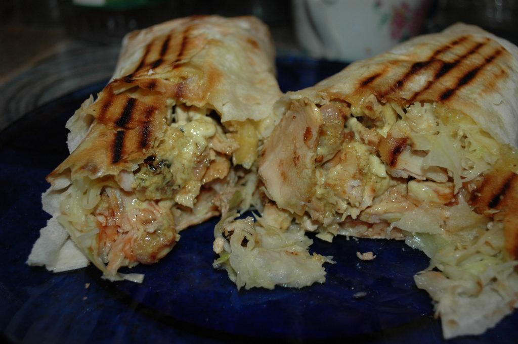Две половинки большой шаурмы Grill kebab