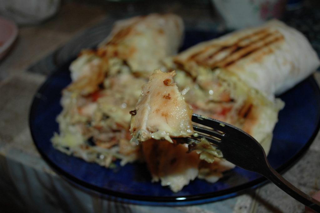 Курица в большой шаурме Grill kebab