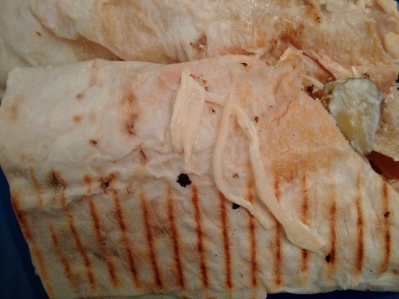 """Капуста из шаурмы от минского кафе """"Италия"""" на Комаровке."""